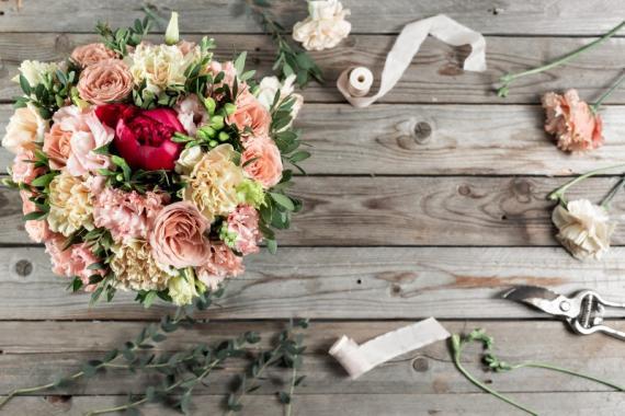 Composition florale entreprise Aix Les-Milles
